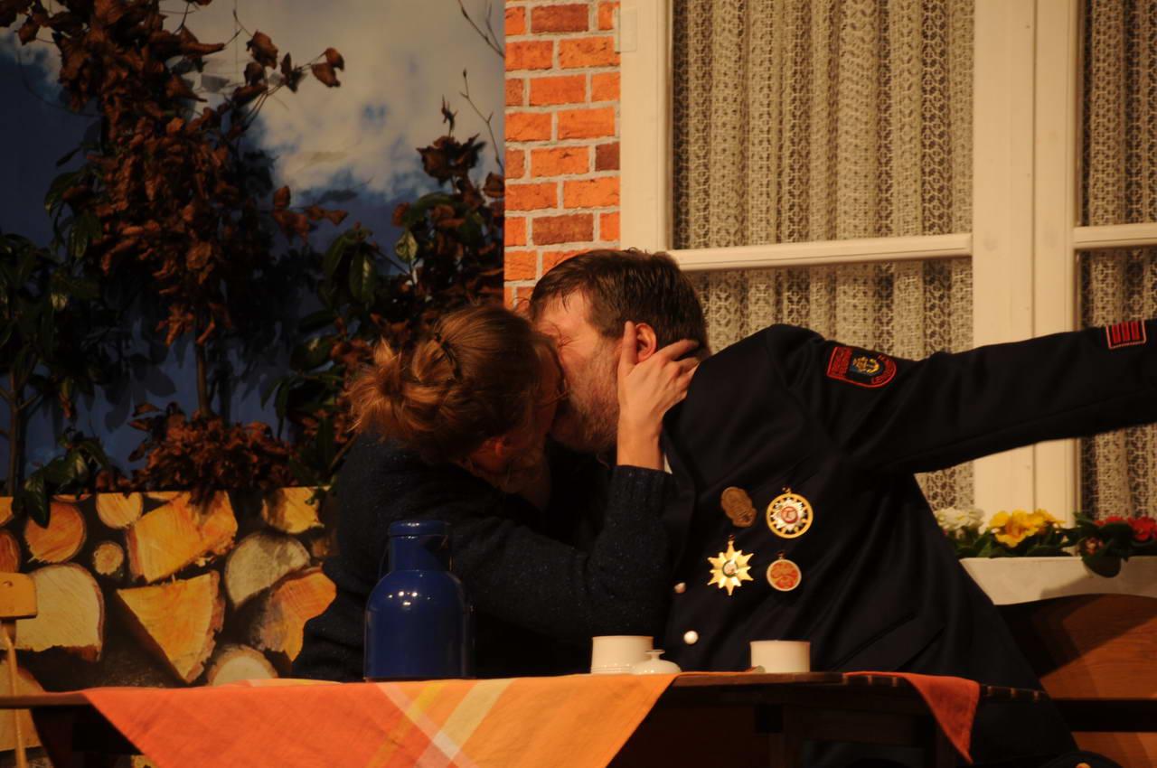 17_2012_Egger_logisch_biologisch