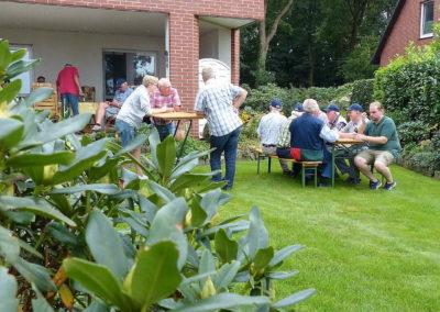 3 Staerkung in Wellensiek's Garten