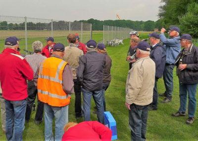 20 Staerkung am Modellflugplatz in Ringel